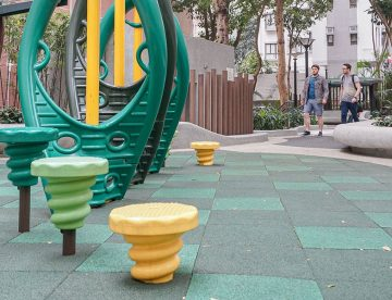 recycled-rubber-flooring-for-playgrounds